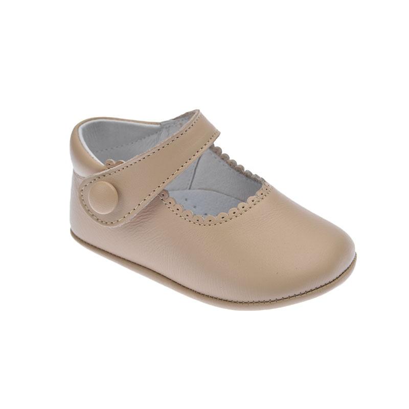 f3d15e863649f Zapato de bebé sin suela camel